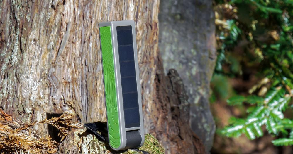 Support ASES and get the HELIO Solar Light & Power Bank